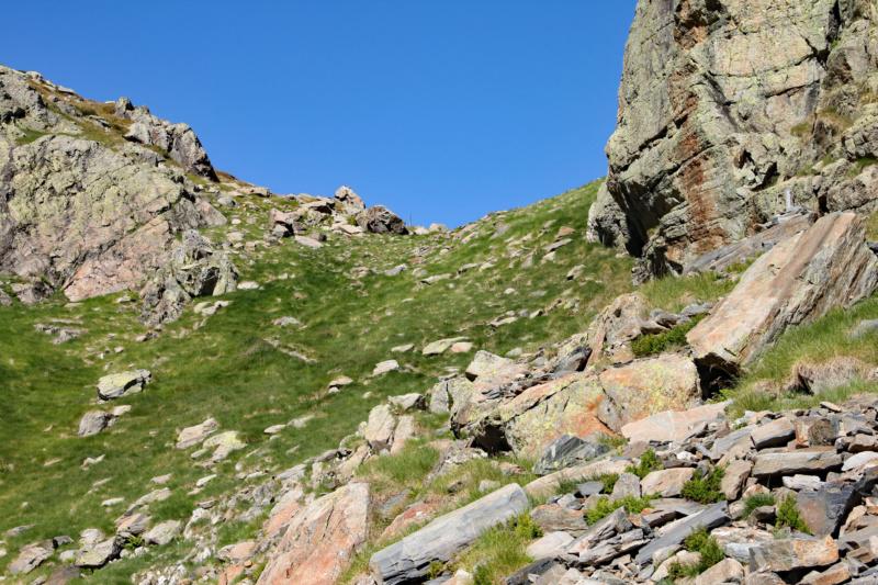 La petite montagne... Img_1620