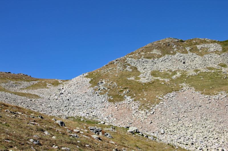 La petite montagne... Img_1625