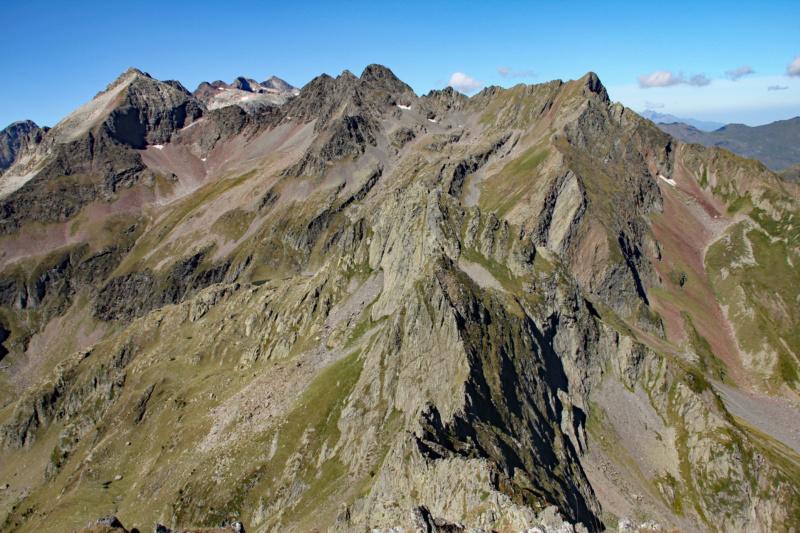 La petite montagne... Img_1630