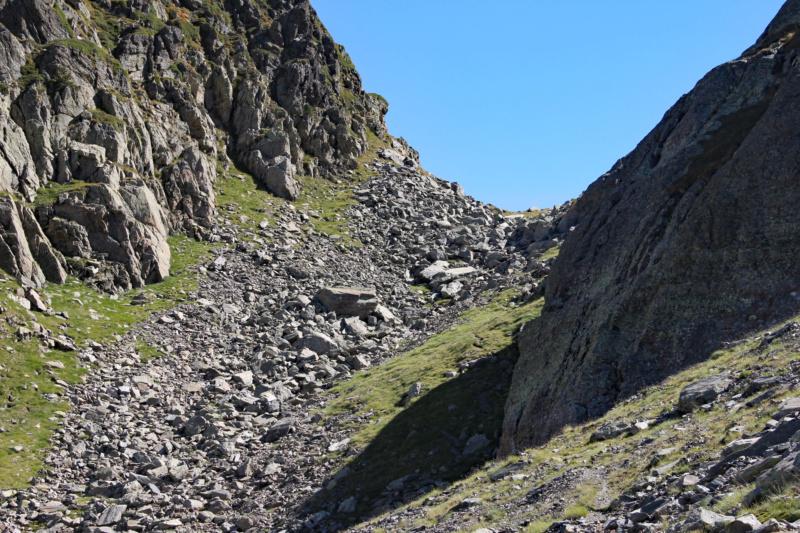 La petite montagne... Img_1639