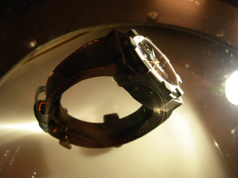vacheron - COMPTE RENDU salon belles montres 2009 - Page 3 Dscn0212