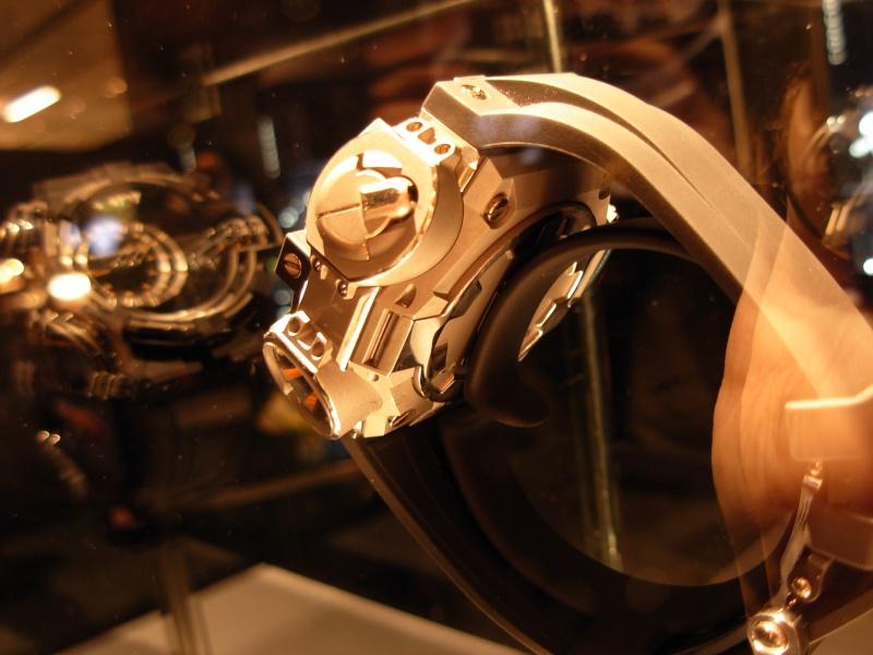 vacheron - COMPTE RENDU salon belles montres 2009 - Page 3 Dscn0231