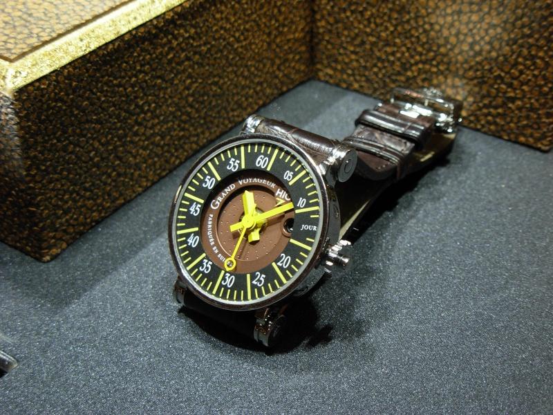 vacheron - COMPTE RENDU salon belles montres 2009 - Page 3 Dscn0316