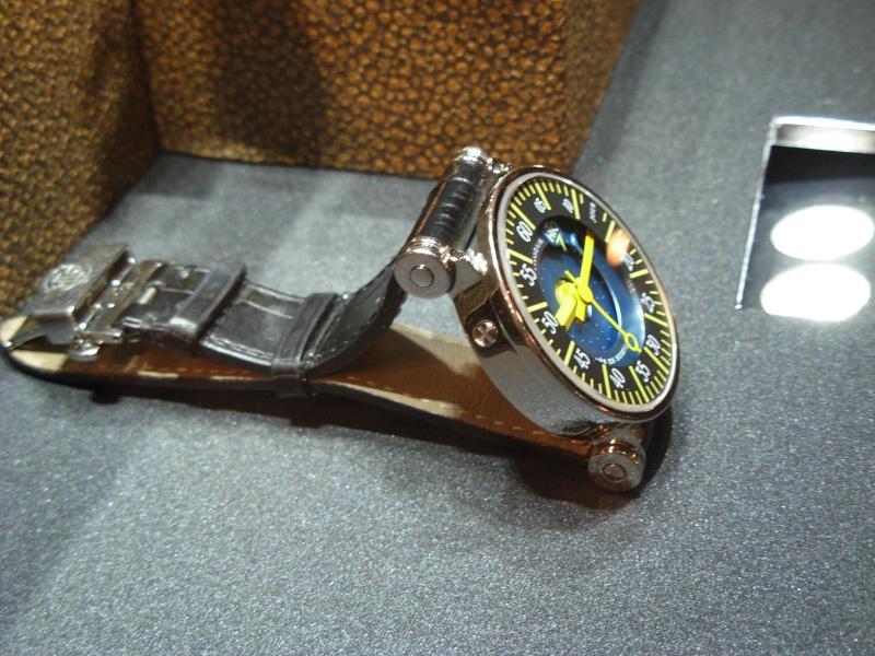 vacheron - COMPTE RENDU salon belles montres 2009 - Page 3 Dscn0323