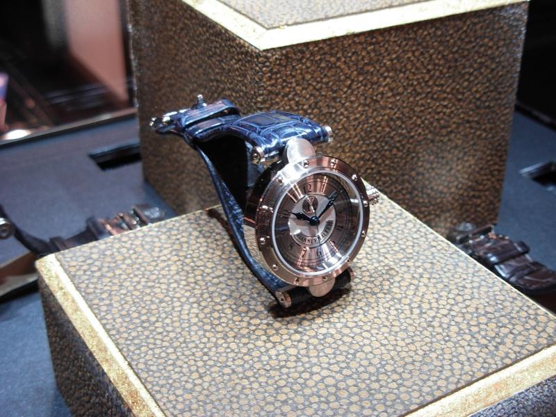 vacheron - COMPTE RENDU salon belles montres 2009 - Page 3 Dscn0324