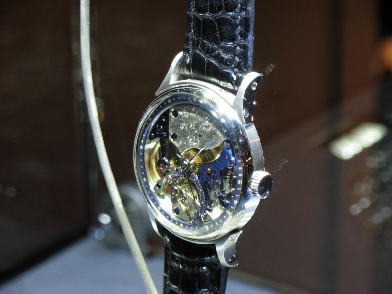 vacheron - COMPTE RENDU salon belles montres 2009 - Page 3 Dscn0328