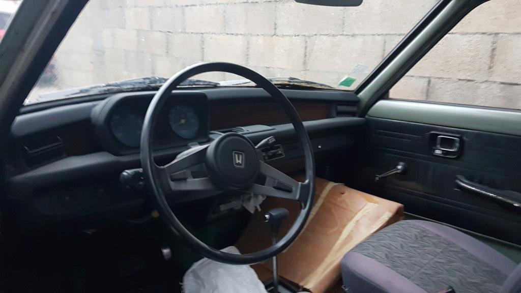 Enfin j'en ai une .. Honda CIVIC SB1 de 1977 1ère génération 20180190