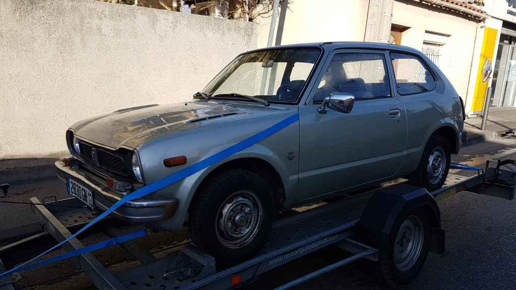 Enfin j'en ai une .. Honda CIVIC SB1 de 1977 1ère génération 20180193