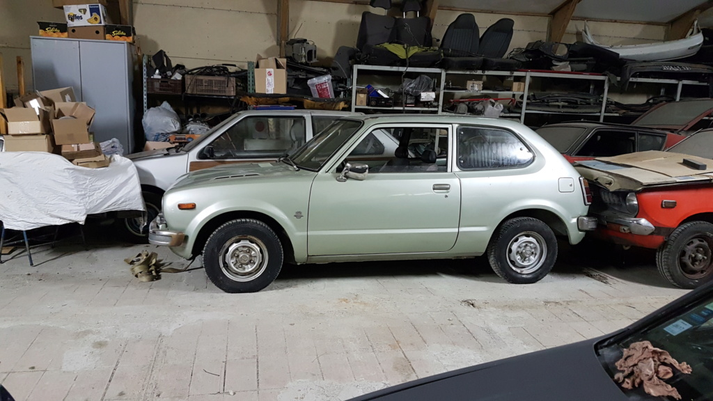 Enfin j'en ai une .. Honda CIVIC SB1 de 1977 1ère génération 20180229