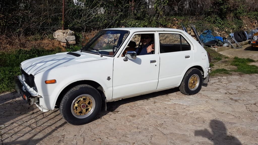 Enfin j'en ai une .. Honda CIVIC SB1 de 1977 1ère génération 20180350