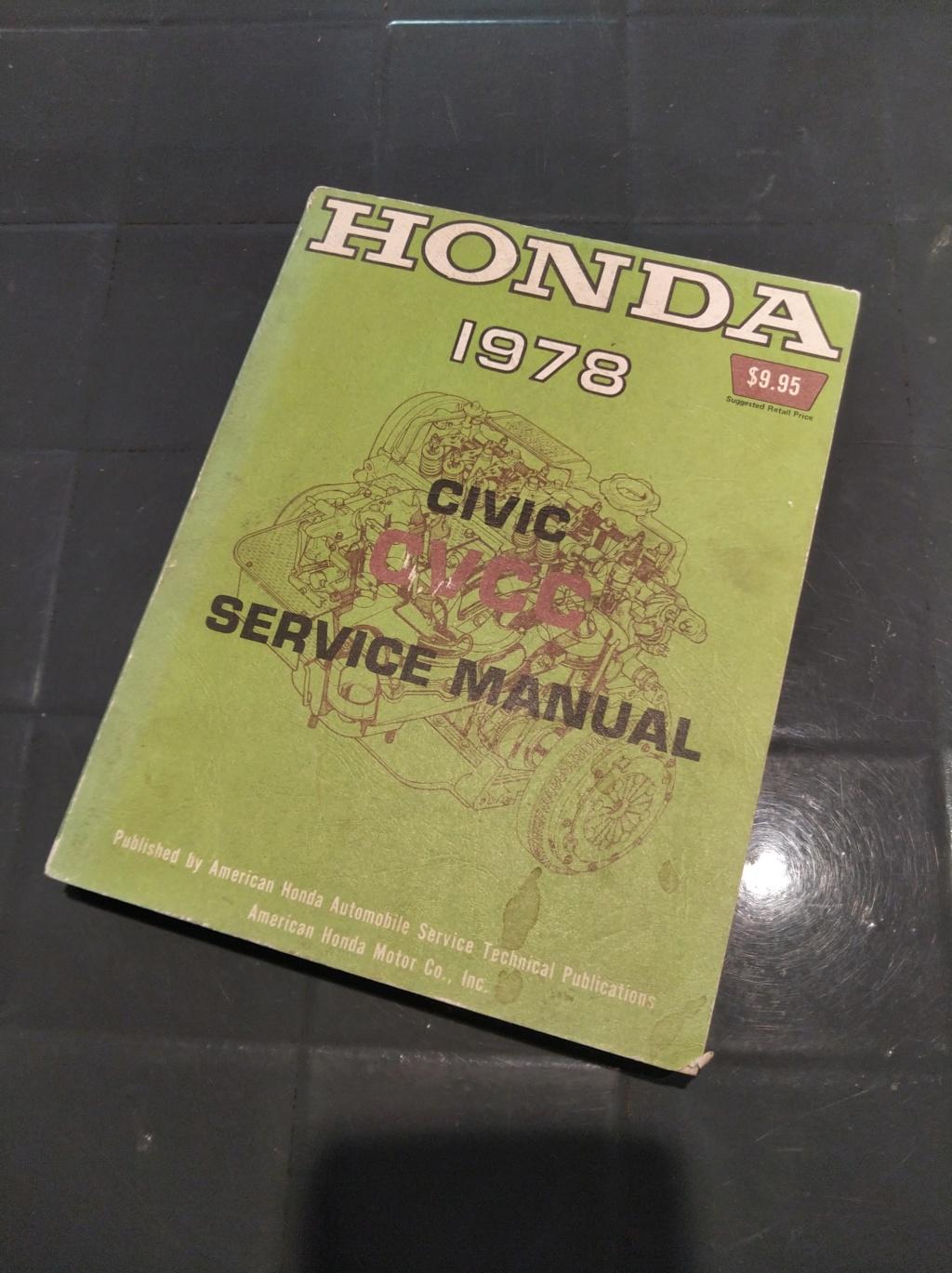Enfin j'en ai une .. Honda CIVIC SB1 de 1977 1ère génération - Page 2 Img_2025