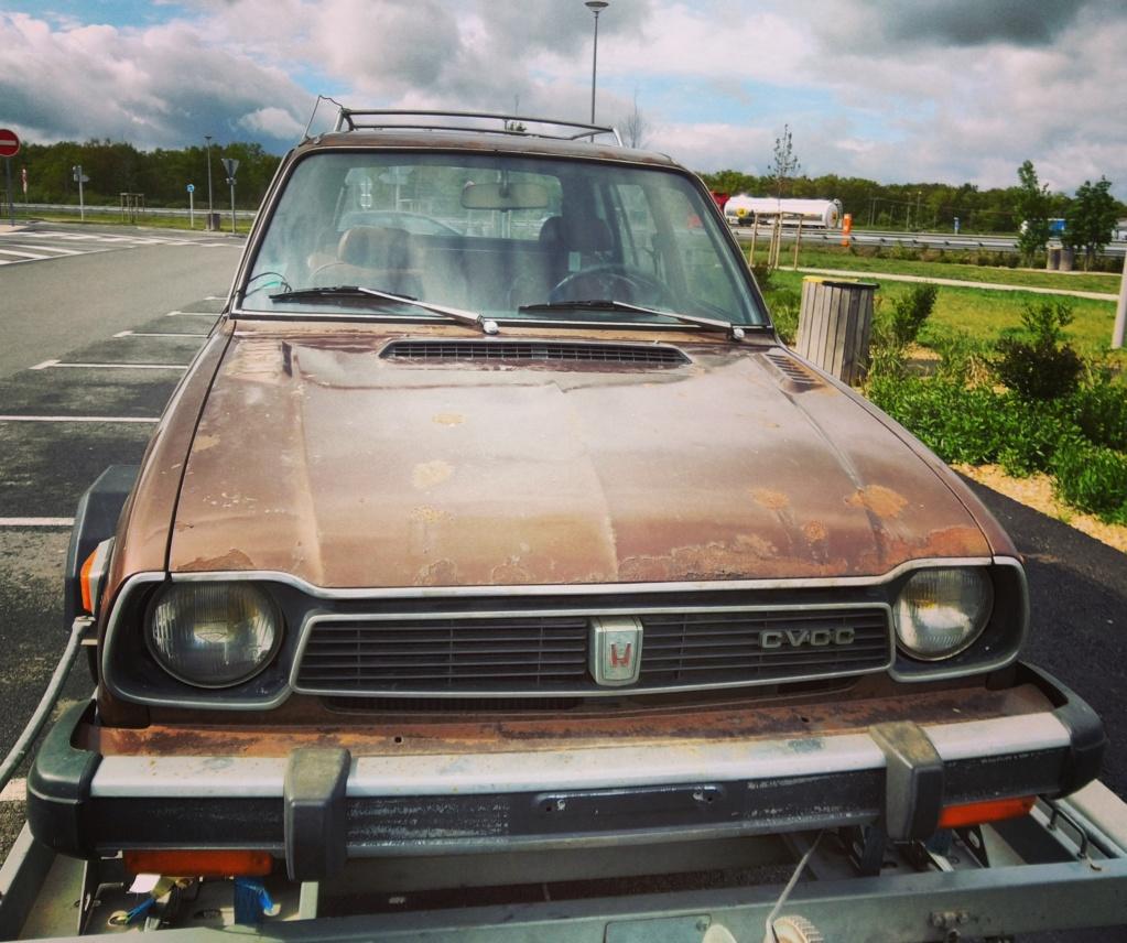 Enfin j'en ai une .. Honda CIVIC SB1 de 1977 1ère génération - Page 2 Img_2105