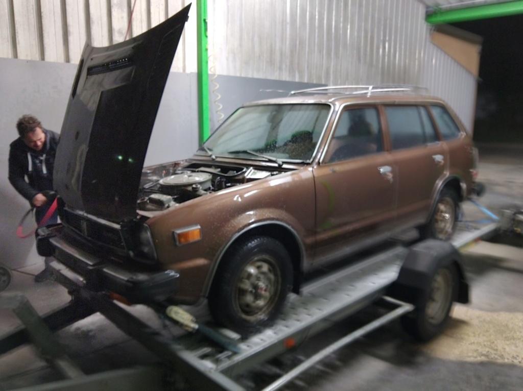 Enfin j'en ai une .. Honda CIVIC SB1 de 1977 1ère génération - Page 2 Img_2114
