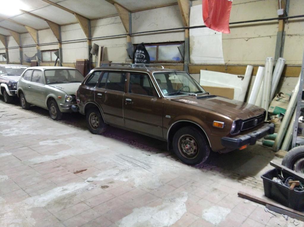 Enfin j'en ai une .. Honda CIVIC SB1 de 1977 1ère génération - Page 3 Img_2121