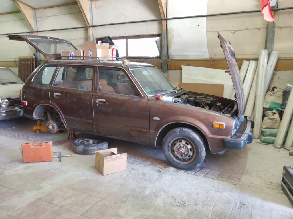 Enfin j'en ai une .. Honda CIVIC SB1 de 1977 1ère génération - Page 3 Img_2159
