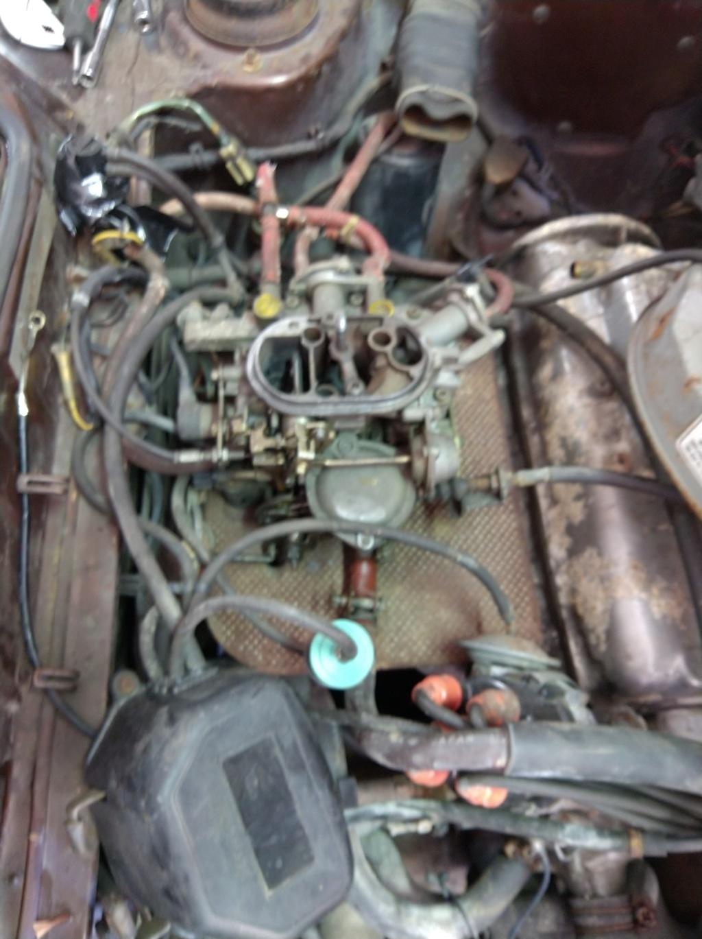 Enfin j'en ai une .. Honda CIVIC SB1 de 1977 1ère génération - Page 3 Img_2181