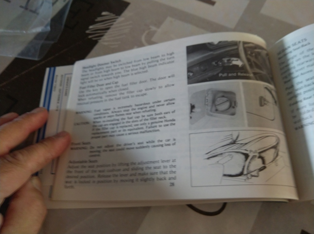 Enfin j'en ai une .. Honda CIVIC SB1 de 1977 1ère génération - Page 3 Img_2184