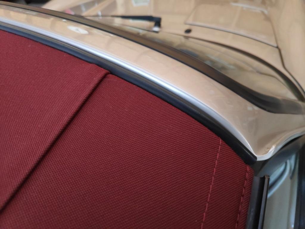 Problème capote Porsche 964 Img_2305