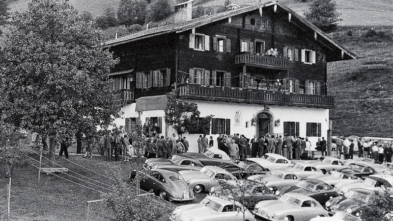 Une Belle photo de Porsche - Page 34 Musee-11