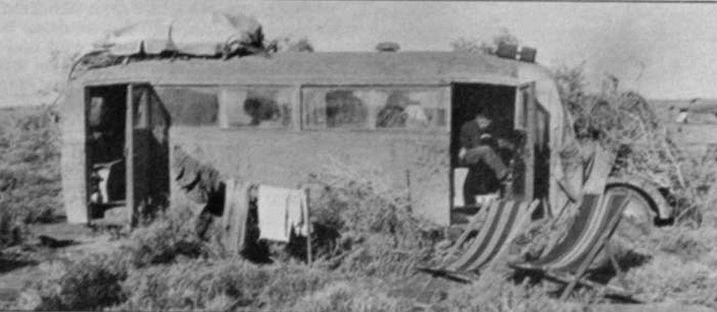 Les vehicules de Commandement de Rommel - Page 2 00001_10