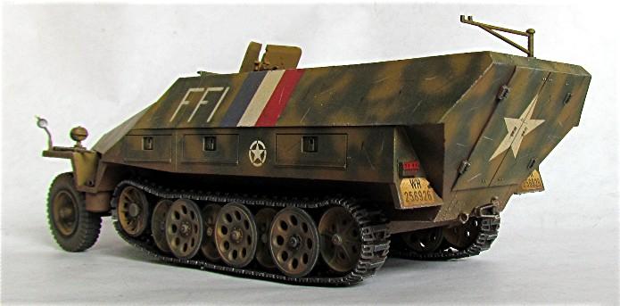 Vehicules recuperes par les FFI -1944 0010