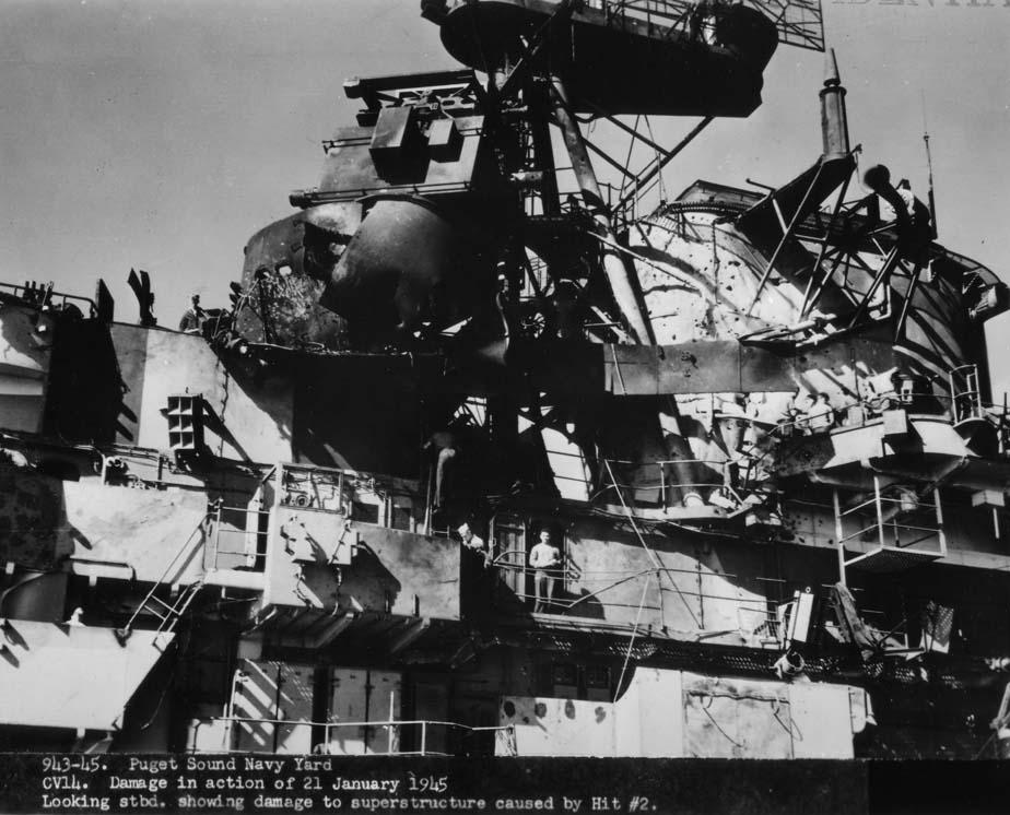 Porte-avions US et Kamikazes - Page 2 02146110