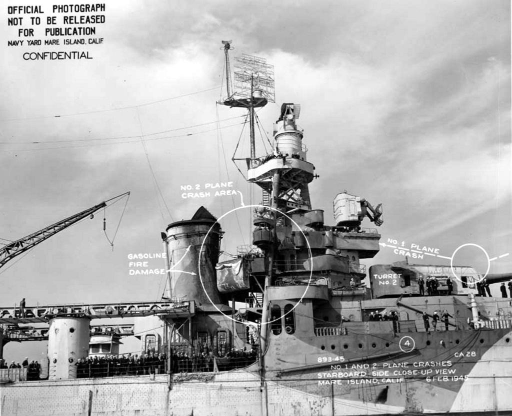 Navires US endommages par des kamikazes 04028410