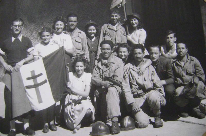 Vehicules recuperes par les FFI -1944 050