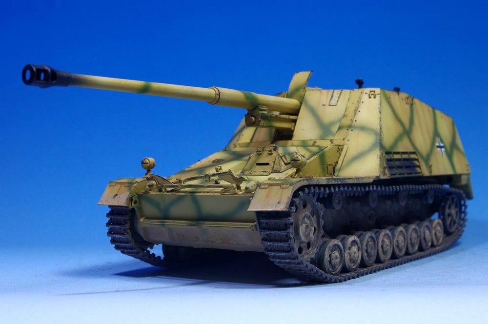 Le T34-85 Beute a canon 8.8cm allemand  (2012) 051
