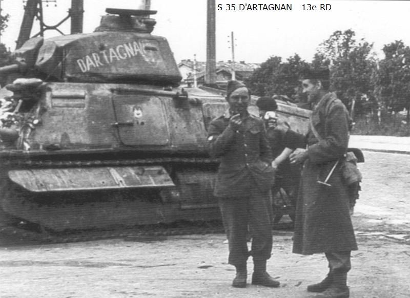 Vehicules recuperes par les FFI -1944 075