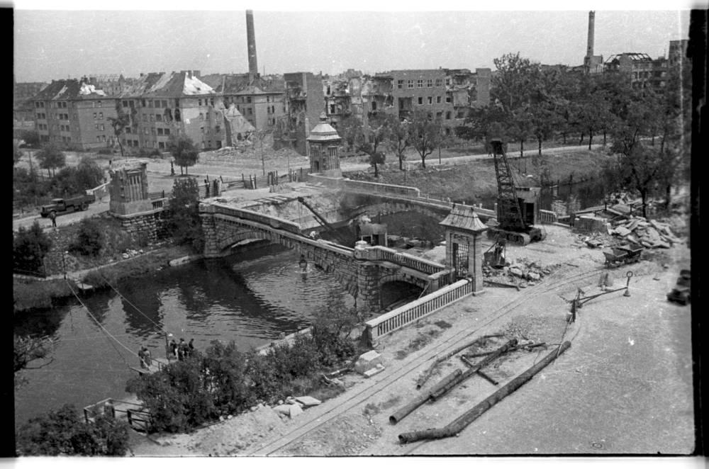 Les photos de Cecil F. S. Newman a Berlin 1945/46 0_10