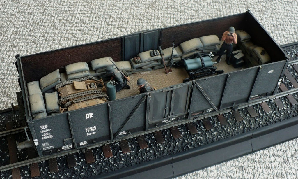 Canons sur rails 1/72e et 1/35e - Page 2 1-35e10