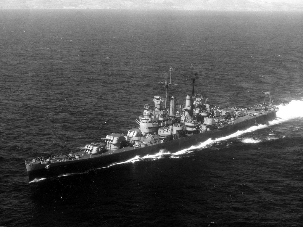 Navires US endommages par des kamikazes 1280px24