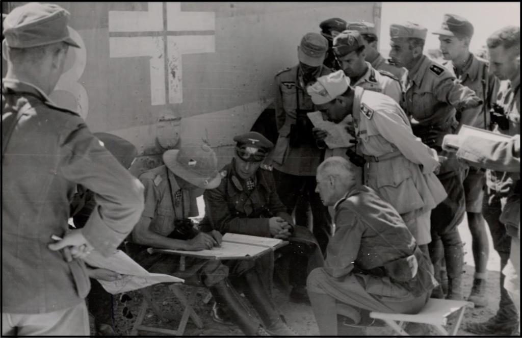 Les vehicules de Commandement de Rommel 2587_r11