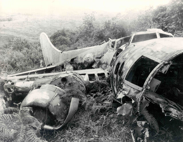 Epaves B-17 en Papouasie Nouvelle Guinee 33_b1710