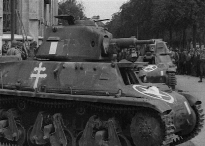 Vehicules recuperes par les FFI -1944 39h_pa10