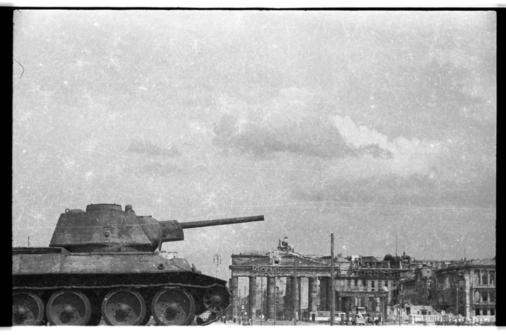 Mémorial soviétique de Tiergarten 5f058210