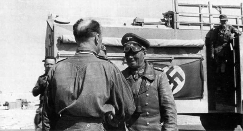 Les vehicules de Commandement de Rommel Aec_do11