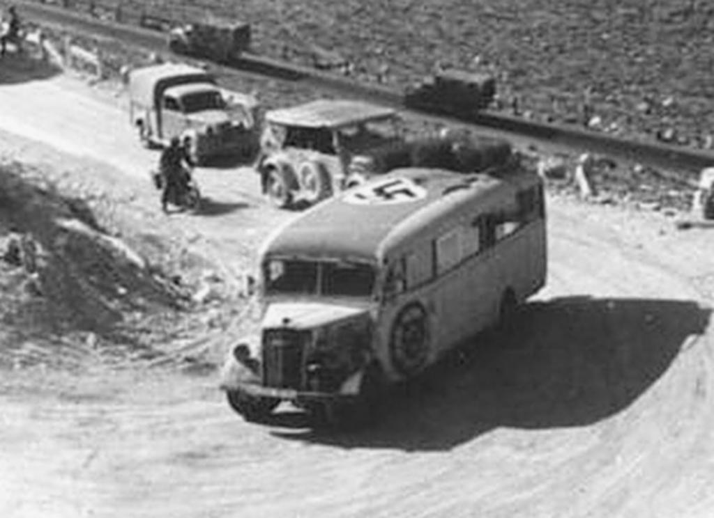 Les vehicules de Commandement de Rommel Afrika10