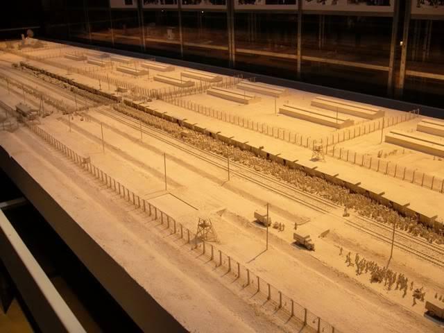 Camps d exterminations au 1/87 Auschw13