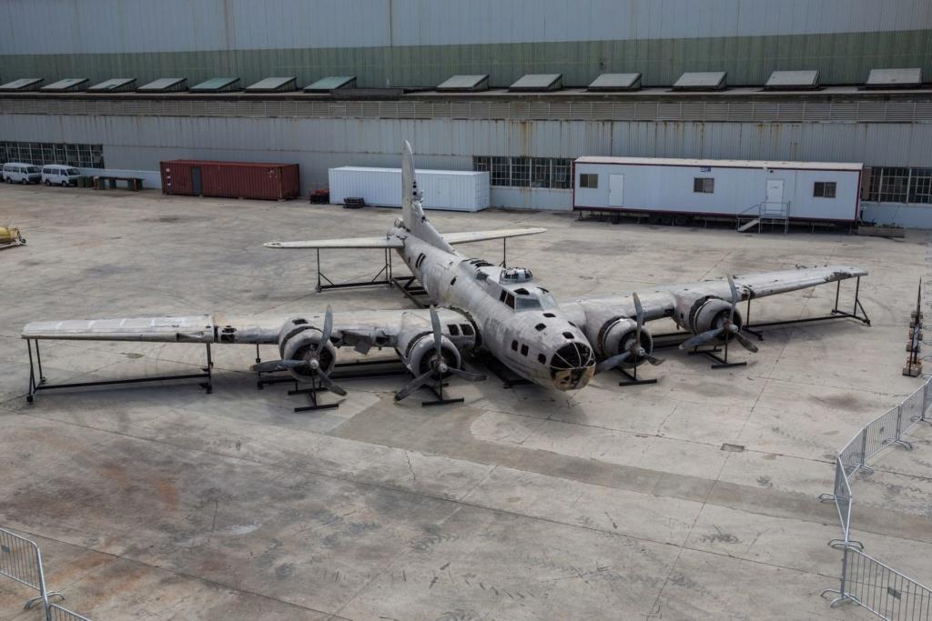 Epaves B-17 en Papouasie Nouvelle Guinee B-17-s11