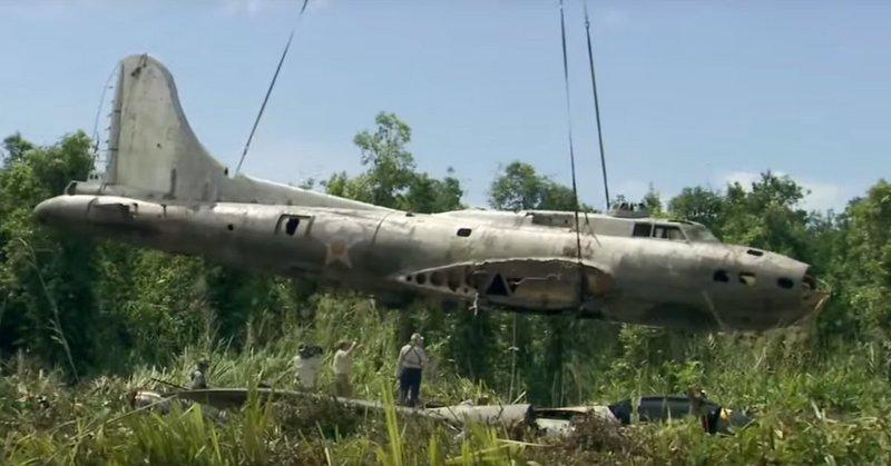 Epaves B-17 en Papouasie Nouvelle Guinee B-170010