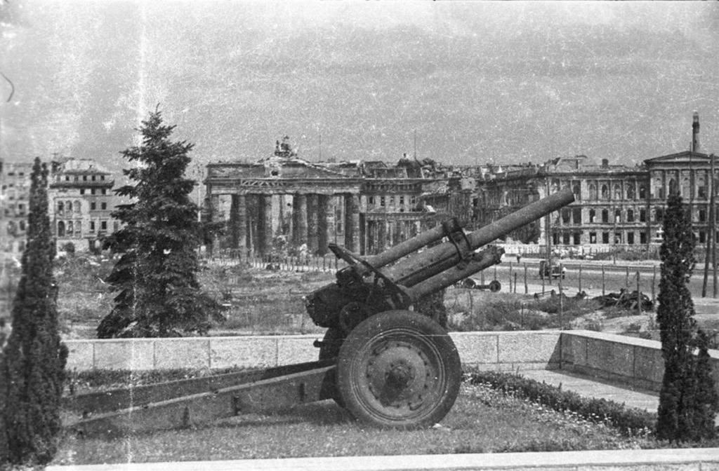 Mémorial soviétique de Tiergarten Berlin79
