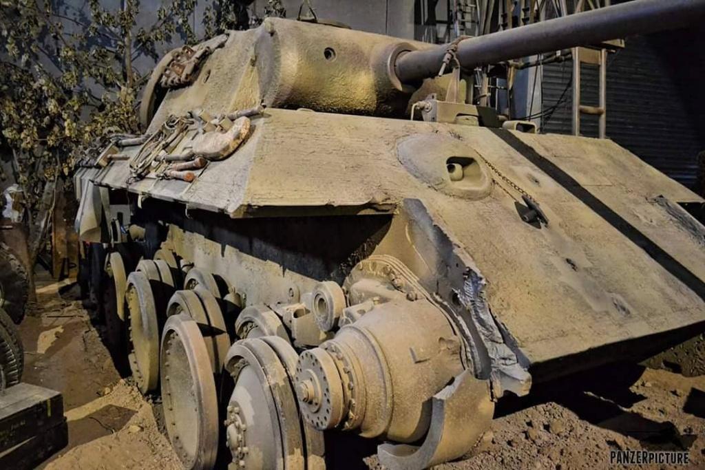 Vehicules recuperes par les FFI -1944 Besnie14