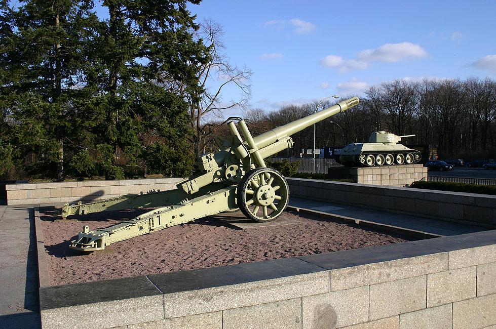 Mémorial soviétique de Tiergarten Canon_12