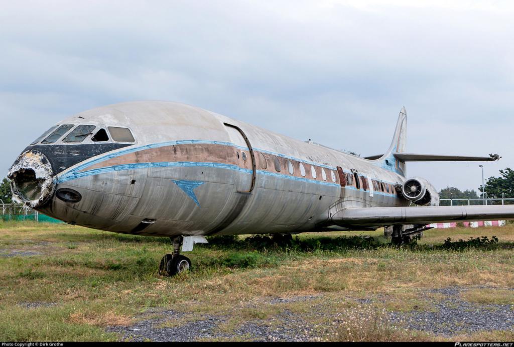 Epaves vieux avions en Thailande Carave11