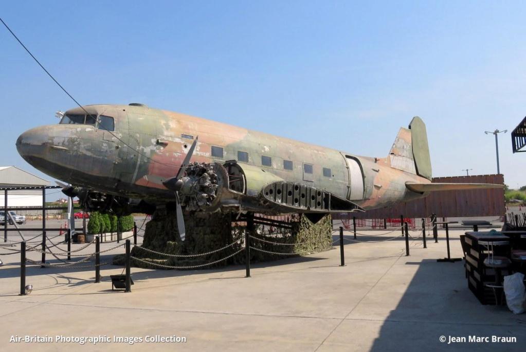Epaves vieux avions en Thailande Chan_c10