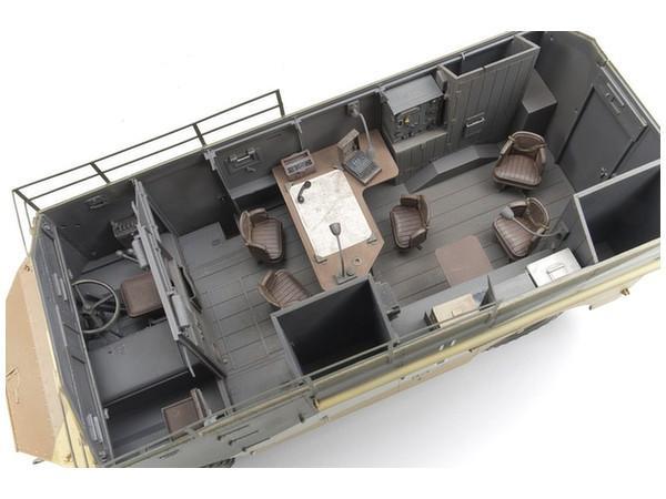 Les vehicules de Commandement de Rommel Cmammo10