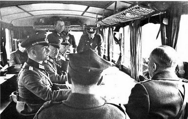 Les vehicules de Commandement de Rommel Comman10
