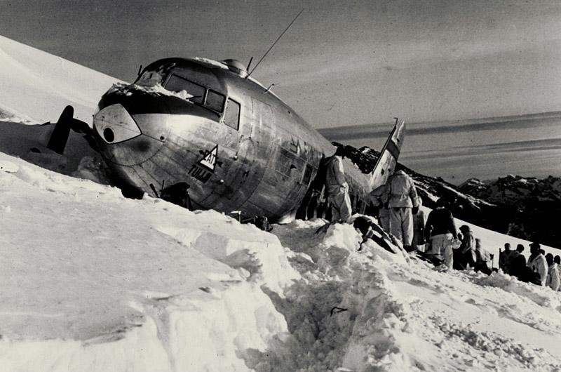 Zone de crash bombardiers et autres Dc-3-o10